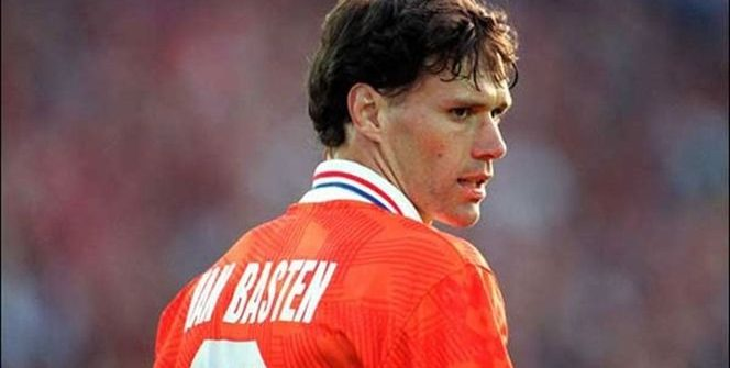 All the elements of Marco van Basten have been removed from FIFA 20: Ultimate Team.